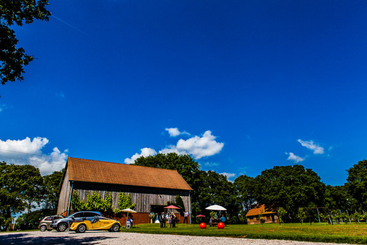Froginwell Barn and Vineyard - Devon Wedding Photographer